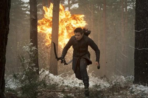 """""""Мстители: Эра Альтрона"""", кадр из фильма. Соколиный глаз"""